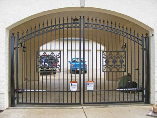 325 - Iron custom double swing gate